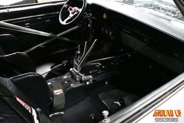 2019 Ground Up Vendor Expo - Blown 1969 Camaro Interior