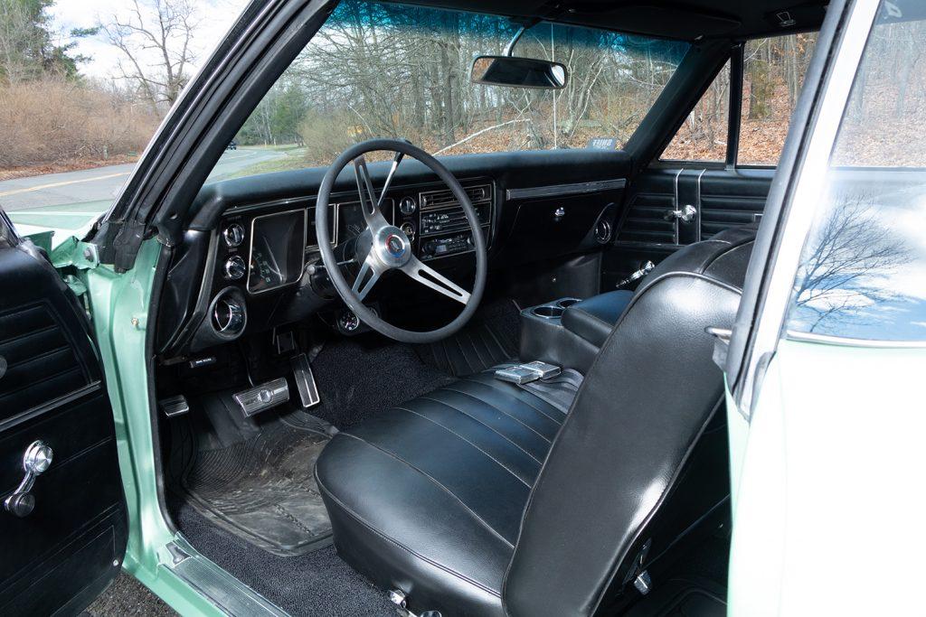 Inside Chevelle Car Photos