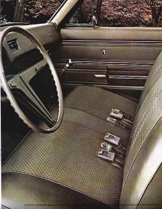 1555 1968 Chevrolet Chevy II Nova-07 low res