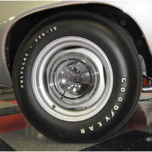 1964 1972 Chevelle Goodyear Polyglas Tire E 70 X 14 Poly Glas